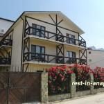 Гостиница «Бретань» в Сукко: здание гостиницы